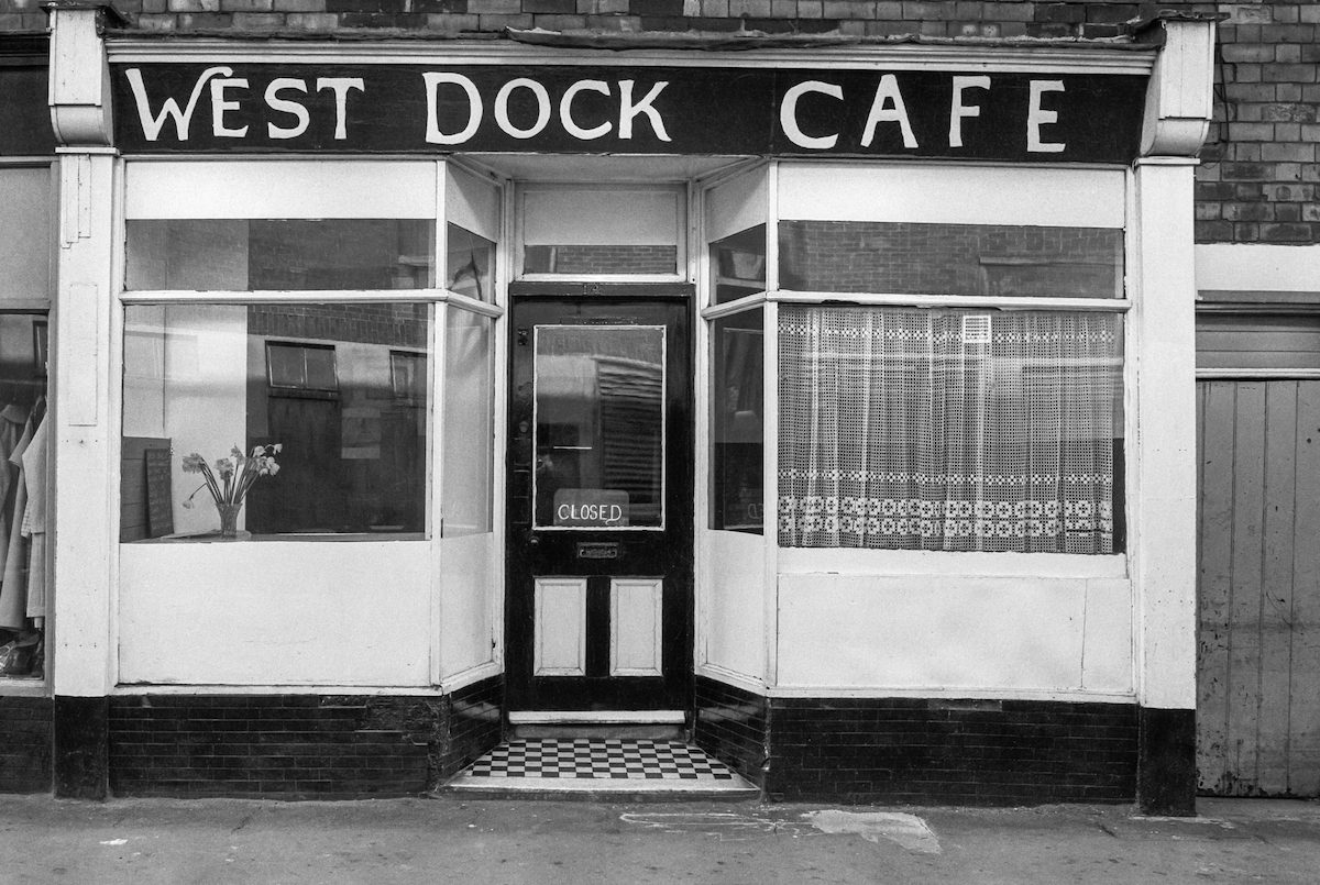 West Dock Cafe, West Dock Ave, Hull, 1981