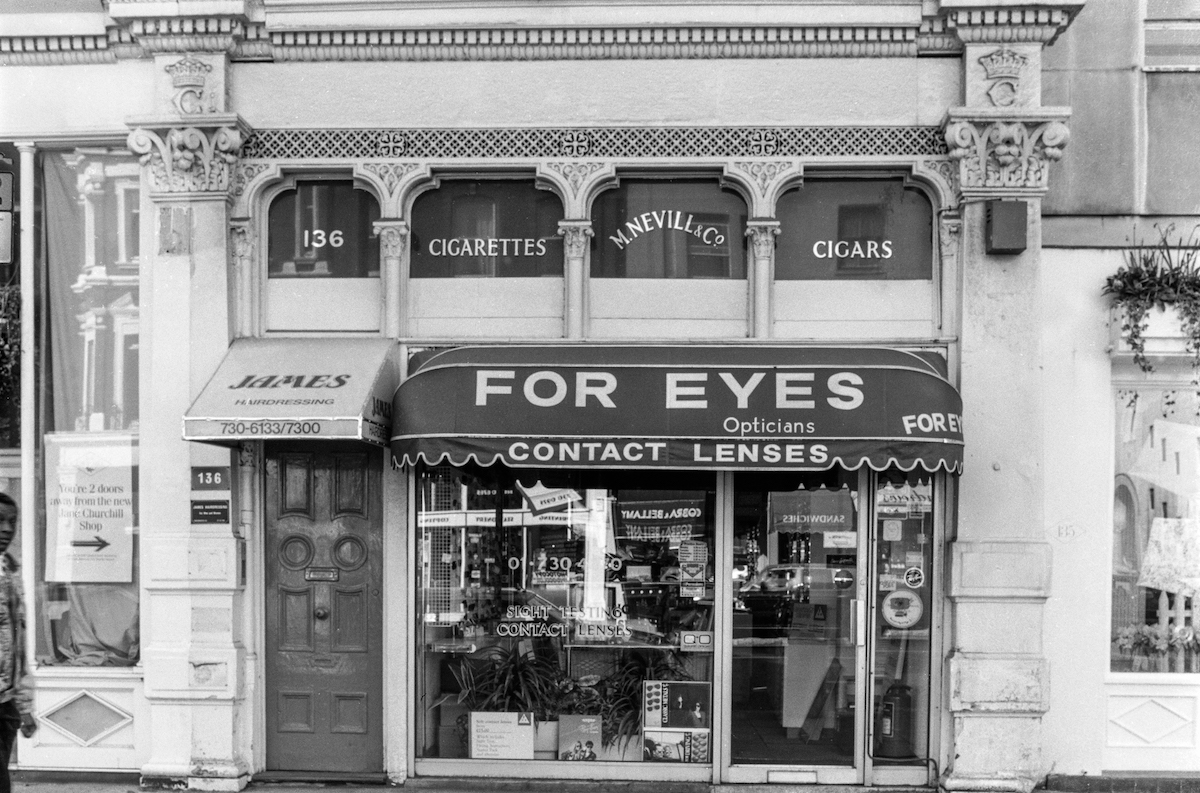 Four Eyes, Opticians, Shop, Sloane Square, Kensington & Chelsea, 1988