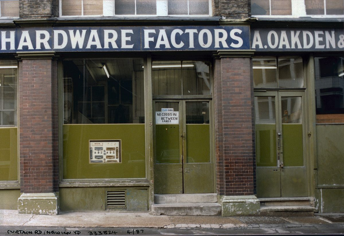 Hardware Factors, Curtain Rd, New Inn Yard, Shoreditch, Hackney, 1987