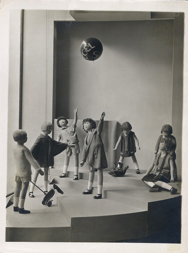 Therese Bonney mannequins