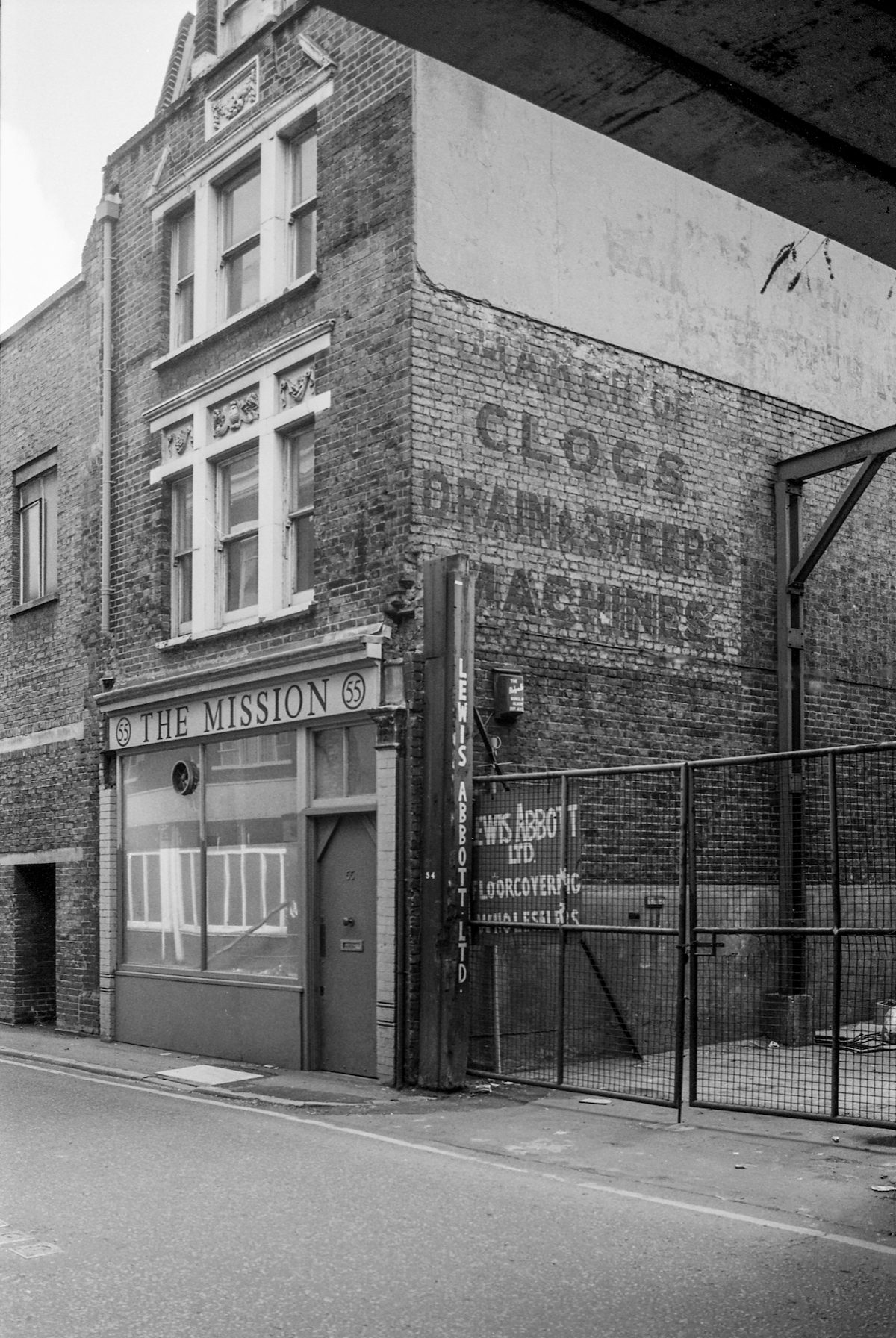 The Mission, Holywell Lane, Shoreditch, Hackney 86