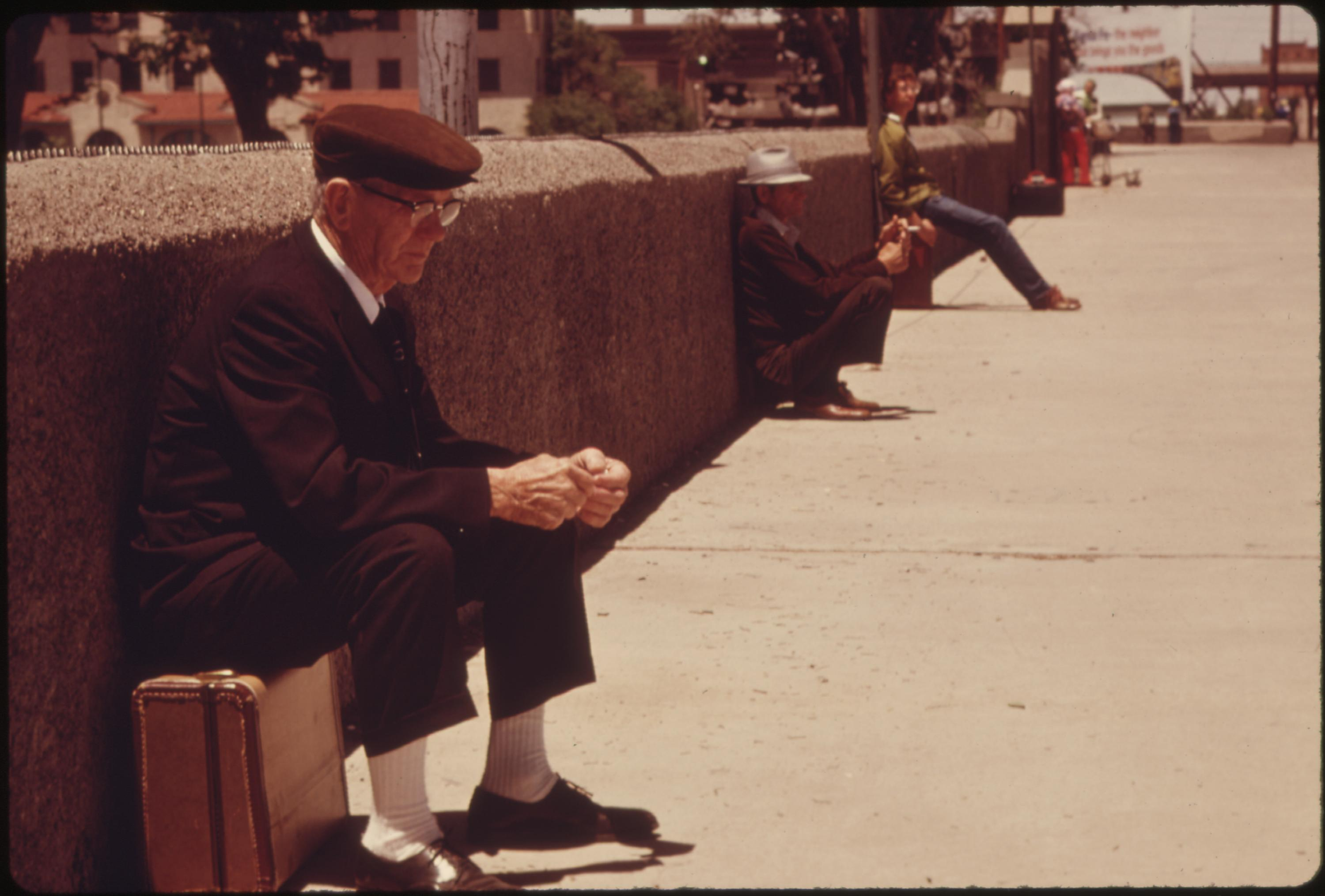 A wait for the train outside the station at Albuquerque, New Mexico, June 1974
