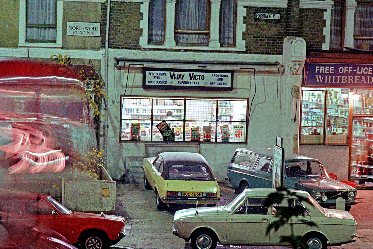 Northwold Road - Fountayne Road 1978 The view from 20 Stoke Newington Common as a 73 bus takes the corner