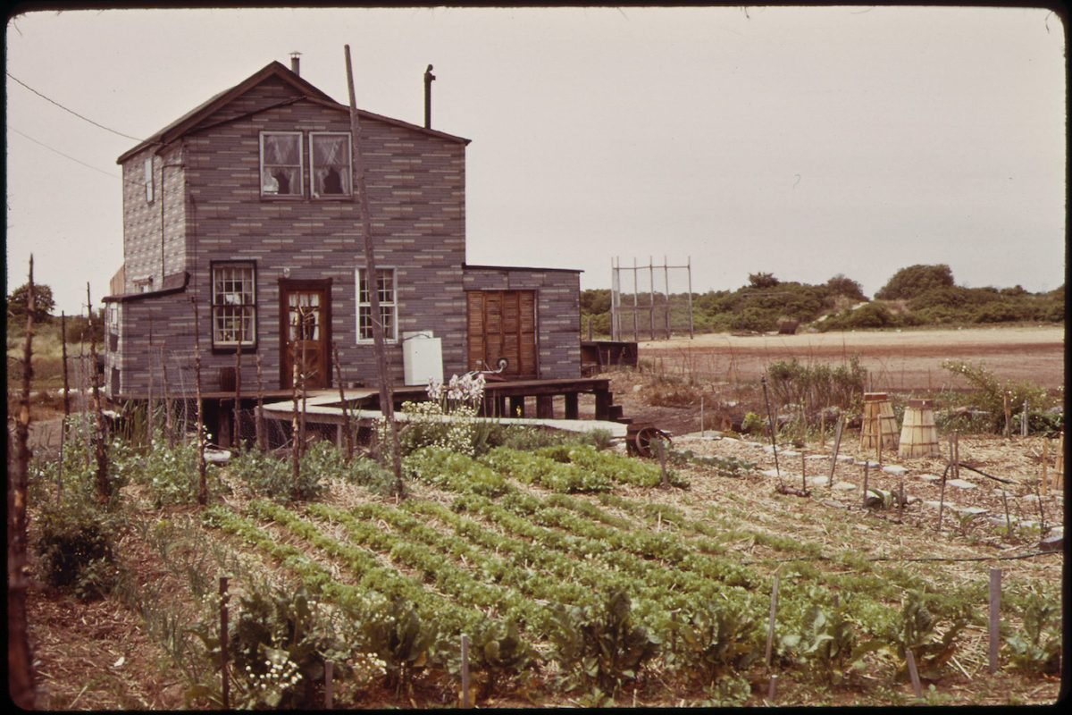 Broad Channel, Marginal Land in Jamaica Bay near the JFK Airport. 05_1973