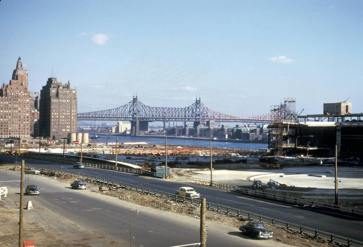 New York, Manhattan, view of United Nations buildings under construction 51
