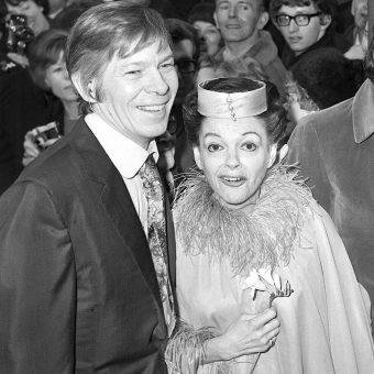 'That, as sure as hell, is showbiz' – When Johnnie Ray met Judy Garland in Luton in 1969